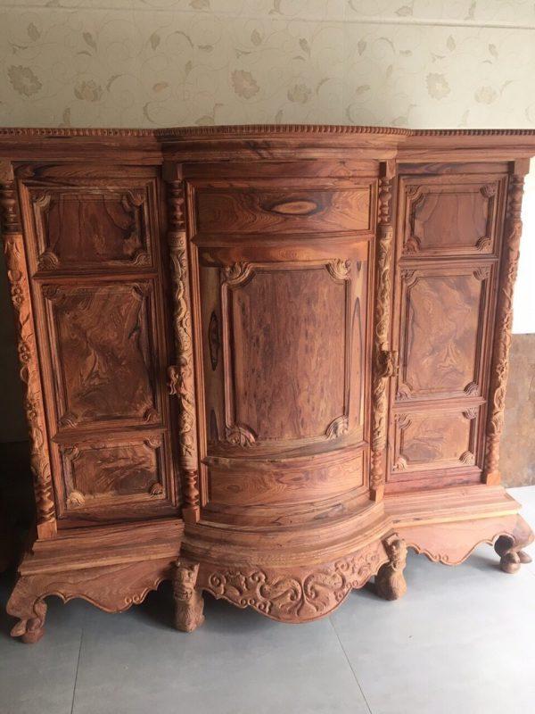 tủ thờ gỗ Cẩm Lai hàng Mộc