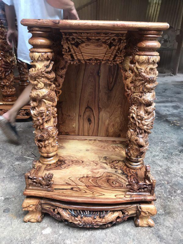 mặt trước bộ bàn thờ ông địa Gỗ Cẩm Lai
