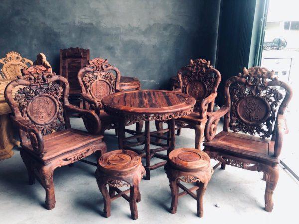Bộ bàn ghế hoàn thiện