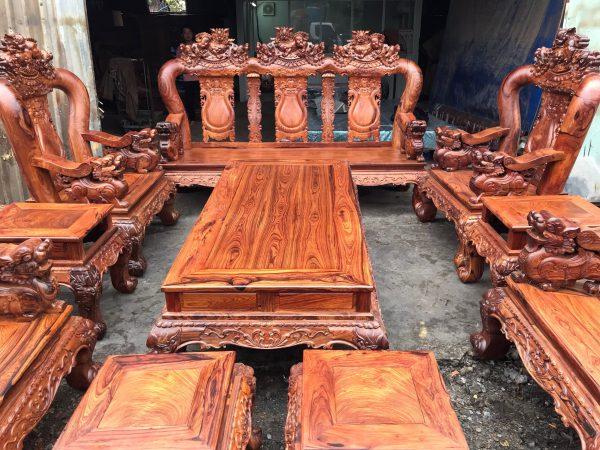 Tổng quan bộ bàn ghế